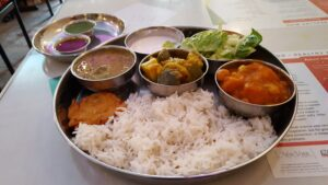 080417j Ayurveda Cafe lunch-balanced